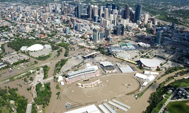 Calgary flood johv111110614_high1
