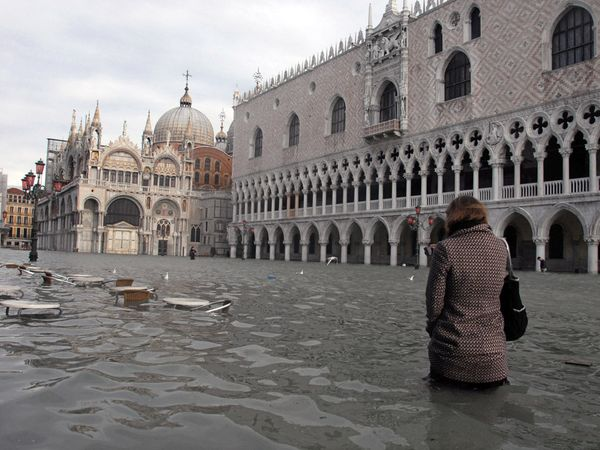 Venice at high tide Andrea Pattero-AFP-Getty image