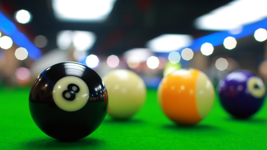 large-view-of-billiards-ball
